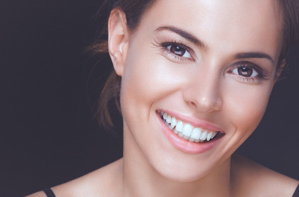 Woman smiling with perfect teeth